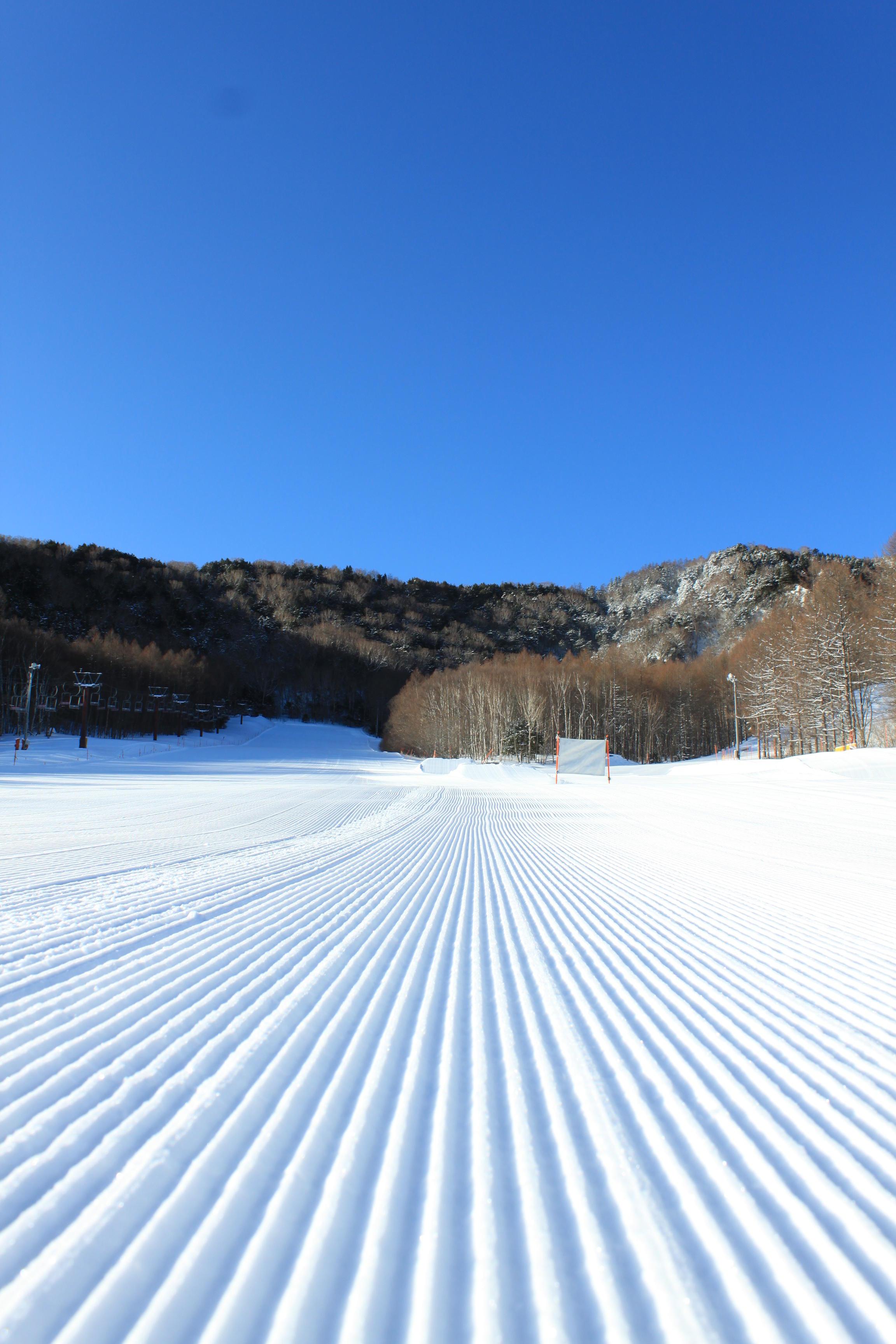 八千穂高原スキー場が「12月14日にオープン」しました